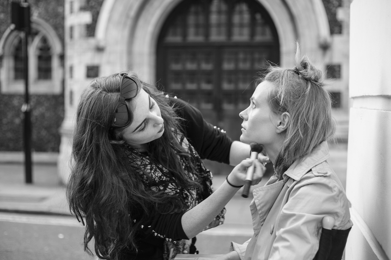 Street Make-Up